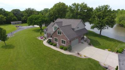 Single Family Home For Sale: 148 Della Lane
