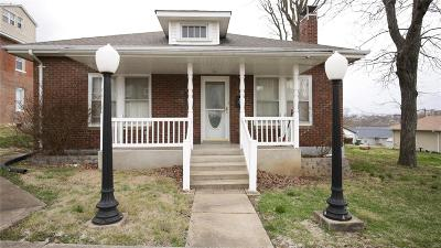 Jefferson County Single Family Home For Sale: 218 S 4th St.