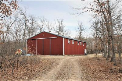 Jonesburg Farm Active Under Contract: 27057 Humber