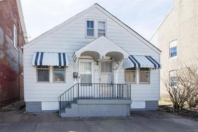 Single Family Home For Sale: 419 South Main