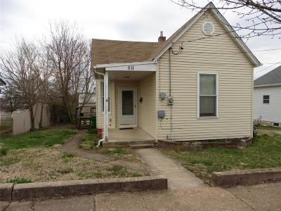De Soto Single Family Home For Sale: 511 Jefferson Street