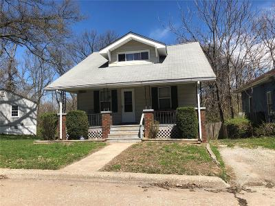Alton Single Family Home For Sale: 3247 Hawthorne Boulevard