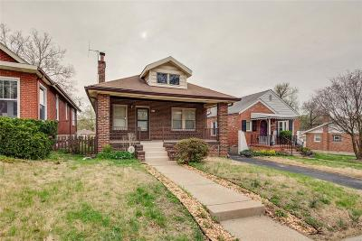 Single Family Home For Sale: 1504 Bredell Avenue