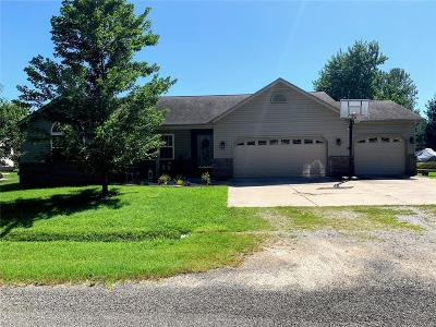 Highland Single Family Home For Sale: 31 Kay Drive