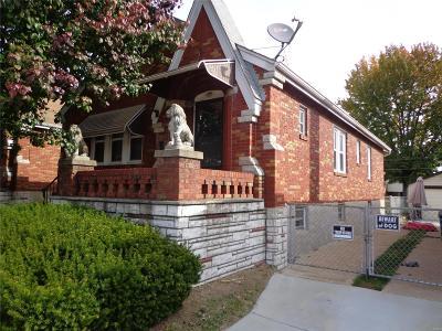 Single Family Home For Sale: 9324 Mackenzie Road