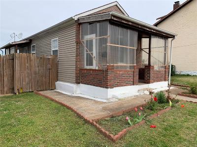 St Louis City County Single Family Home For Sale: 7719 Alaska Avenue
