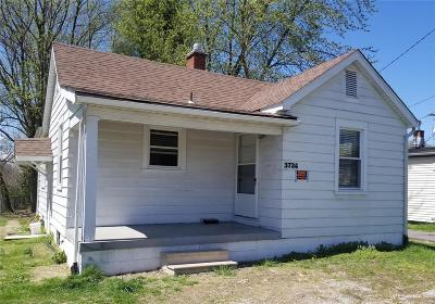 Belleville Single Family Home For Sale: 3724 West Main St