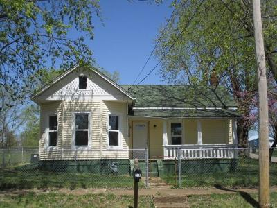 Madison County Single Family Home For Sale: 212 E. Kelly St
