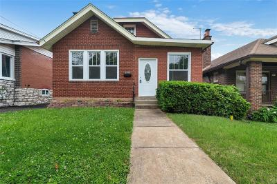 Single Family Home For Sale: 1502 Bredell Avenue