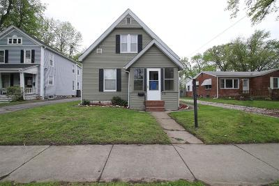 Alton Single Family Home For Sale: 2126 State Street