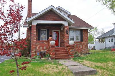 Alton Single Family Home For Sale: 3421 Oakwood Avenue