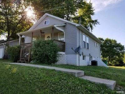 Franklin County Single Family Home For Sale: 205 West Springfield