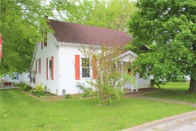 Red Bud Single Family Home For Sale: 121 Rock Street