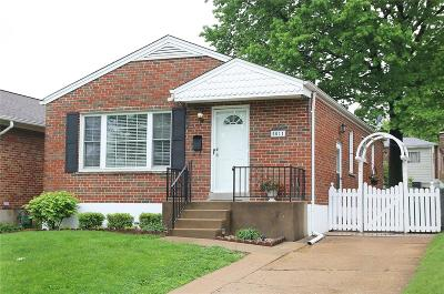 Single Family Home Active Under Contract: 5011 Hi View Avenue