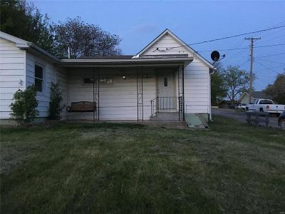 Hannibal MO Single Family Home For Sale: $65,000