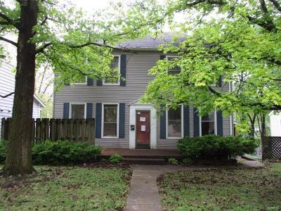 Collinsville Single Family Home For Sale: 326 Brown Avenue