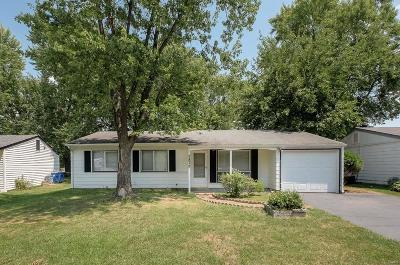 Maryland Heights Single Family Home Active Under Contract: 2872 Sugar Tree Lane