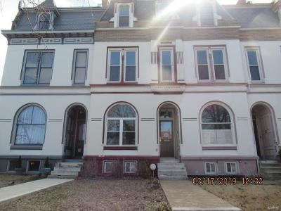 St Louis City County Single Family Home For Sale: 1830 Victor