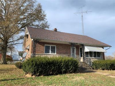 Hermann MO Single Family Home For Sale: $99,900