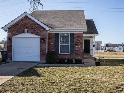 O'Fallon Single Family Home For Sale: 833 Wayland