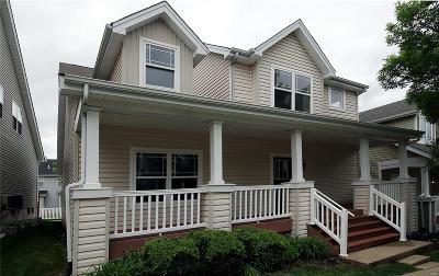 St Charles Single Family Home For Sale: 262 Vivaron Avenue
