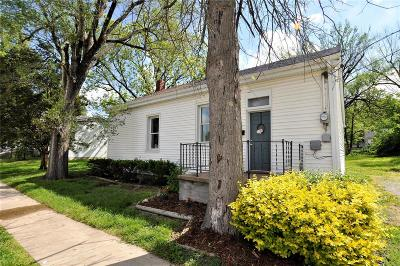 Waterloo Single Family Home Active Under Contract: 404 South Main Street