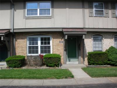 Florissant Condo/Townhouse For Sale: 3227 Leisurewood Court