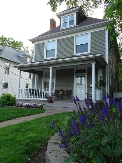 St Louis City County Single Family Home For Sale: 2057 Blendon