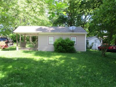 Swansea  Single Family Home For Sale: 249 Brackett