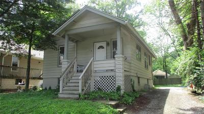 Edwardsville Single Family Home For Sale: 414 Cass Avenue