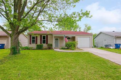 O'Fallon Single Family Home For Sale: 2510 Ambelwood