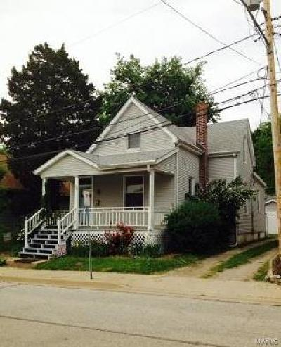 Belleville Single Family Home For Sale: 120 North 15th Street
