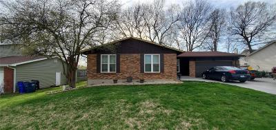 St Peters Single Family Home For Sale: 26 Oakridge West Drive