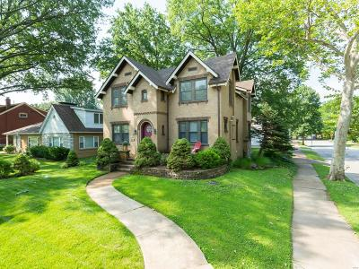 St Louis Single Family Home For Sale: 4096 Holly Hills Boulevard