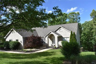 Festus Single Family Home For Sale: 10524 Glen Oaks Drive