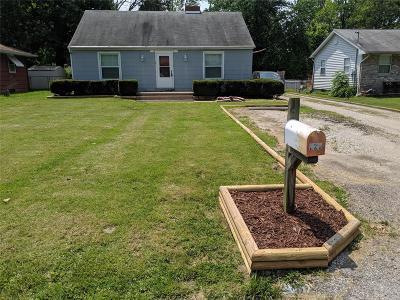 East Alton Single Family Home For Sale: 829 Oakdale Dr