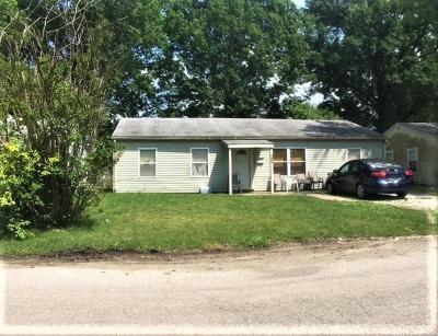 Cahokia Single Family Home For Sale: 732 Saint Martin Drive