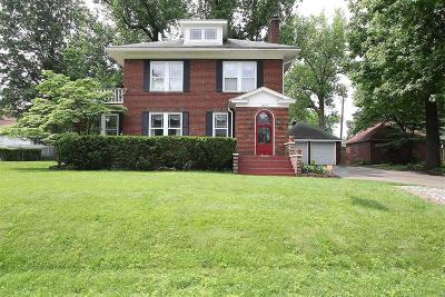 Alton Single Family Home For Sale: 1207 Callahan Drive