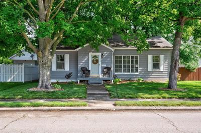 Freeburg Single Family Home For Sale: 108 W Apple
