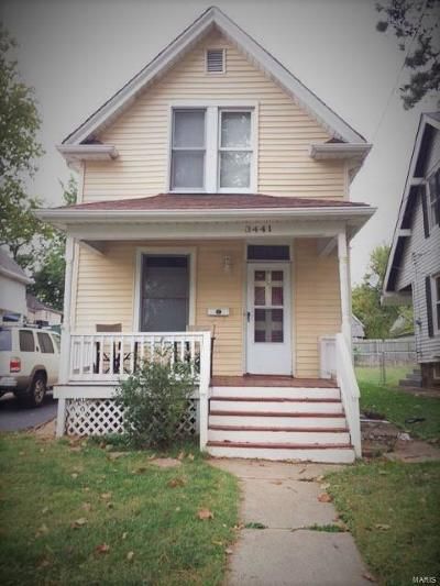 Single Family Home Active Under Contract: 3441 Commonwealth Avenue