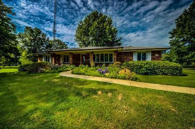 O'Fallon Single Family Home For Sale: 25 Bunker Drive