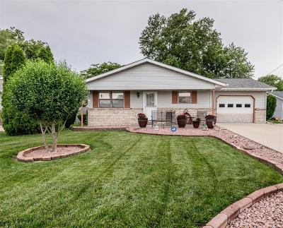 Troy IL Single Family Home For Sale: $148,000