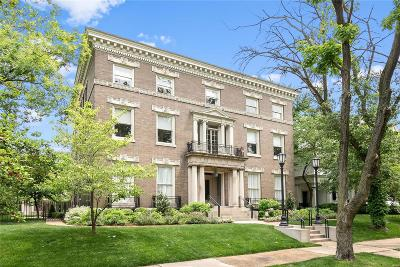 St Louis MO Condo/Townhouse For Sale: $1,147,500