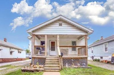 Wood River Single Family Home For Sale: 316 Picker Avenue