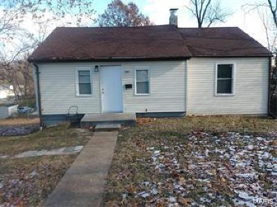 Single Family Home For Sale: 330 Coppinger