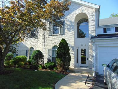 St Louis County Condo/Townhouse For Sale: 3616 Colonia Place #B