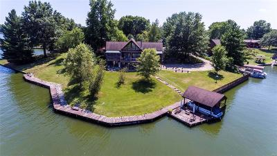 Holiday Shores Single Family Home For Sale: 681 Monaco Court