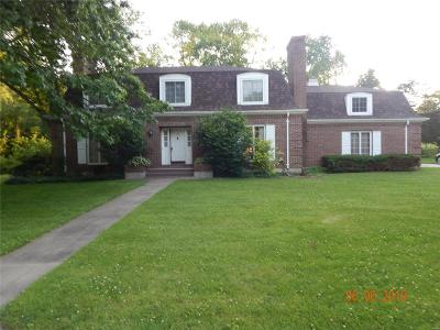 Hannibal Single Family Home For Sale: 14 Meadowbrook Drive