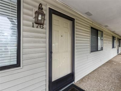 O'Fallon Condo/Townhouse For Sale: 176 Eagle Ridge