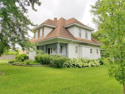 Marion County, Monroe County, Ralls County, Shelby County, Knox County, Lewis County Single Family Home For Sale: 725 North Main Street